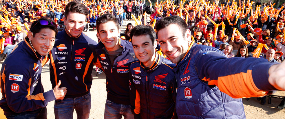 Repsol riders go back to primary school for the day