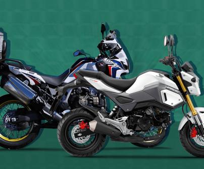 Montaje motos fondo turquesa