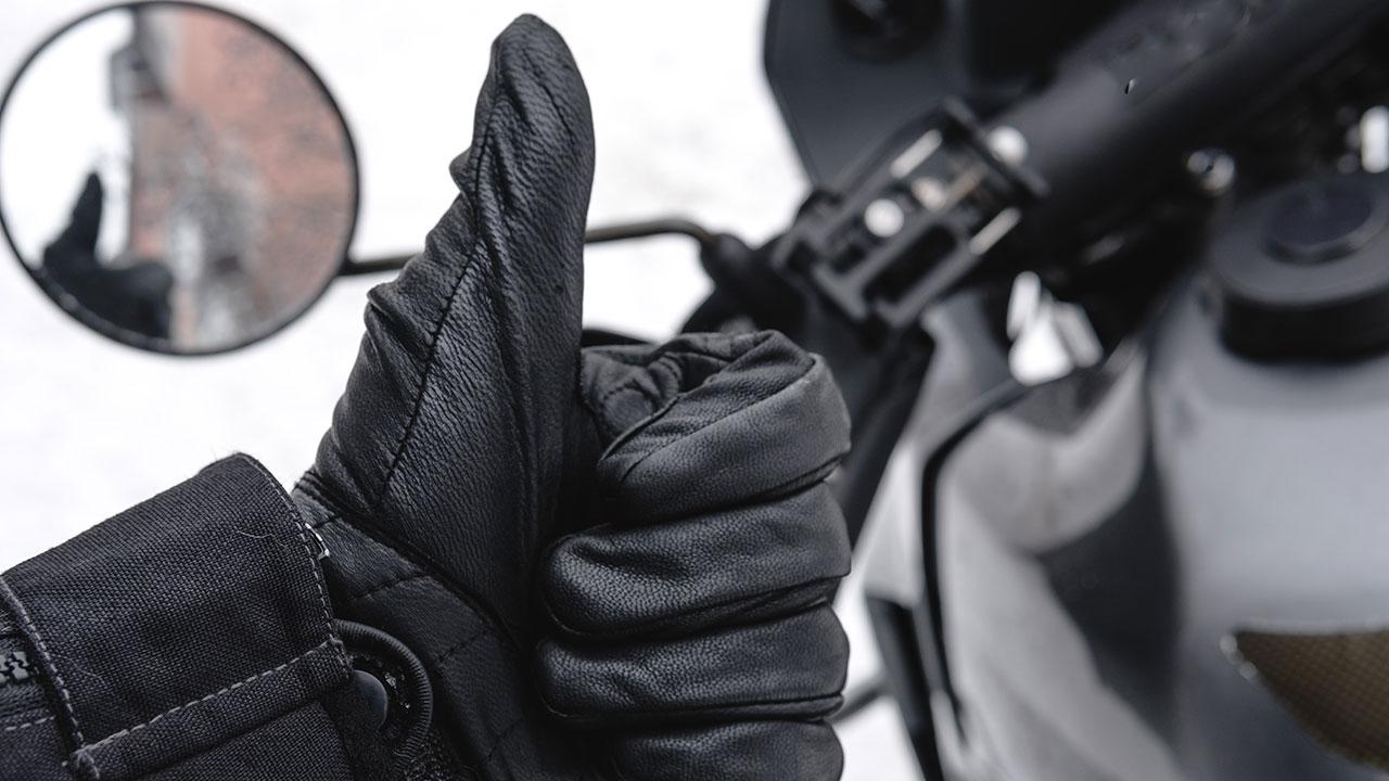 guantes para ir en moto en invierno
