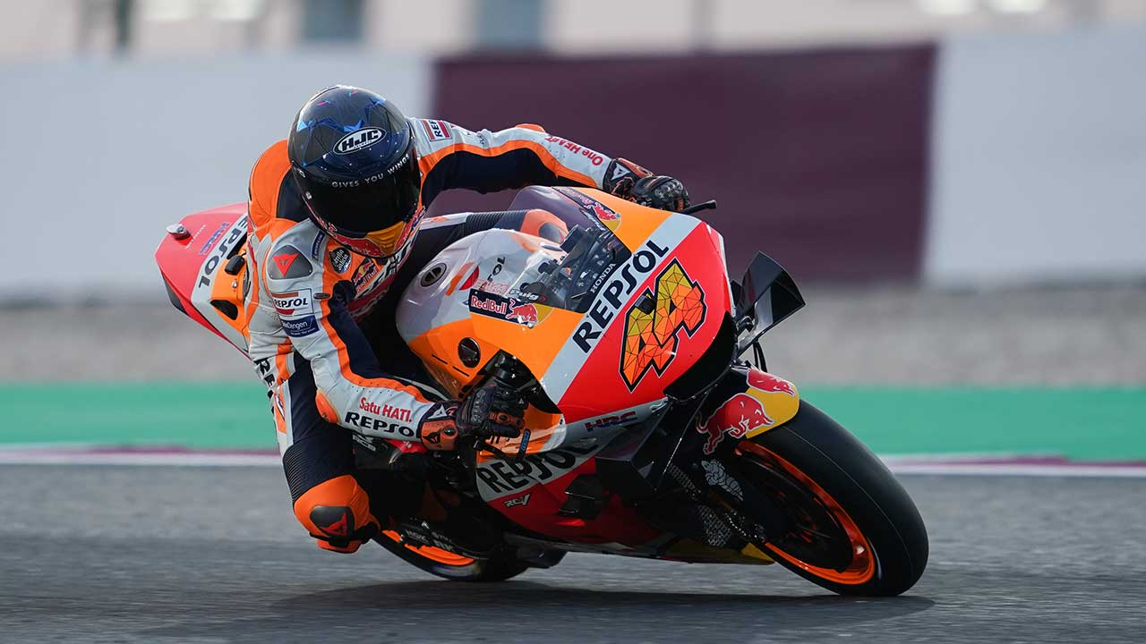 MotoGP. Qatar Test. Espargaró escalates his pace with the Repsol Honda Team on penultimate testing day
