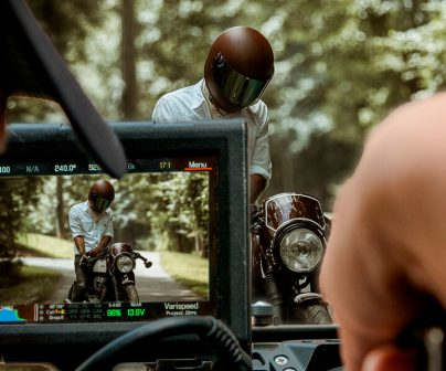 rodando-escena-moto-pelicula-cine
