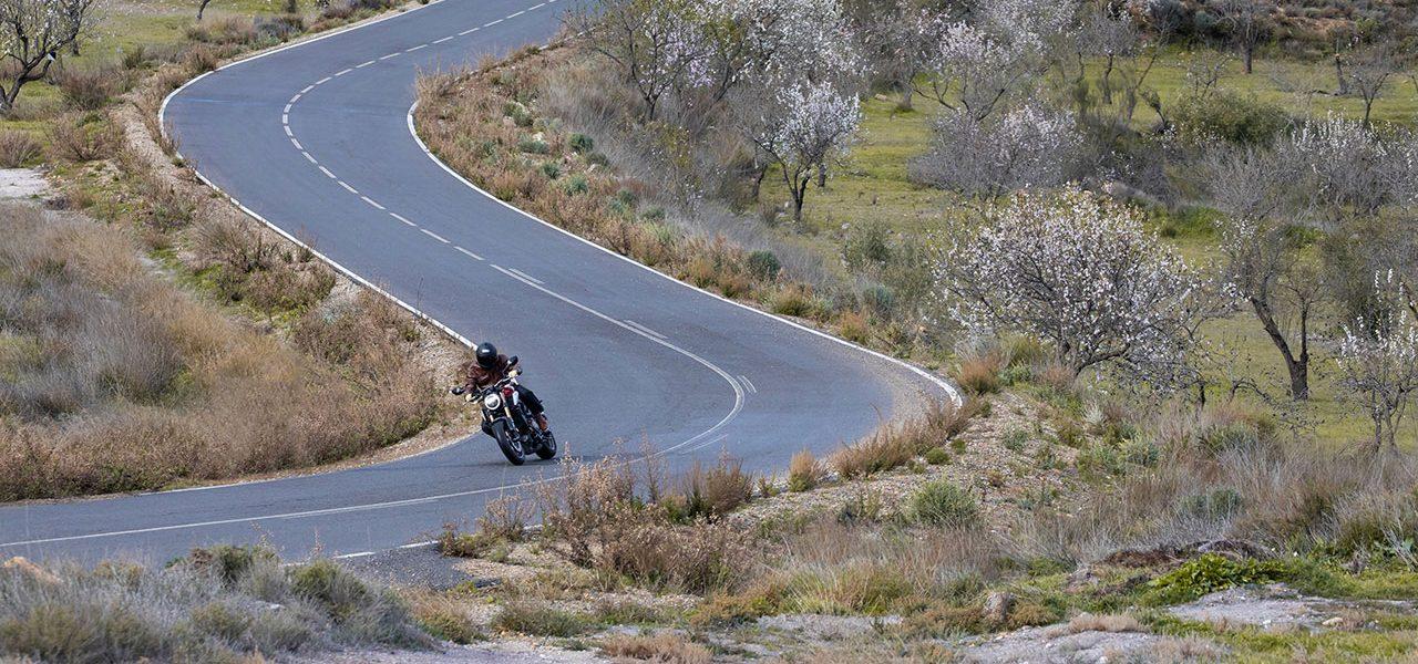 Rutas en moto para disfrutar en verano tras el confinamiento