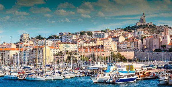 Vista de la ciudad de Marsella desde el puerto