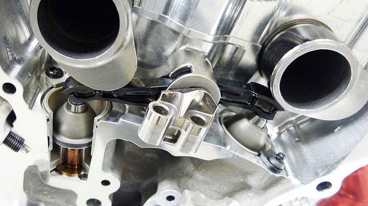 sección de motor con válvulas neumáticas