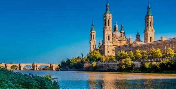 Vista de Zaragoza desde el río