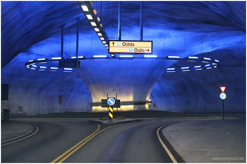 Lærdalstunnel, der blaue Tunnel in Norwegen