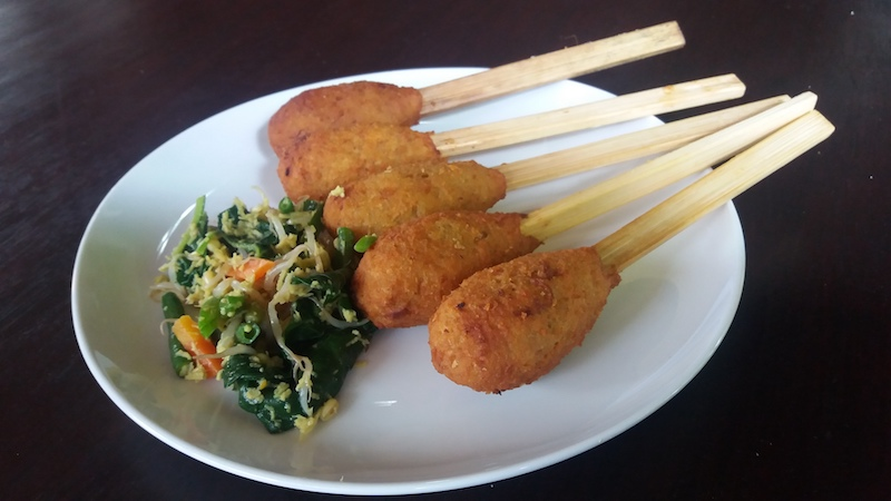 Vegetarische Sate Lilit Sticks
