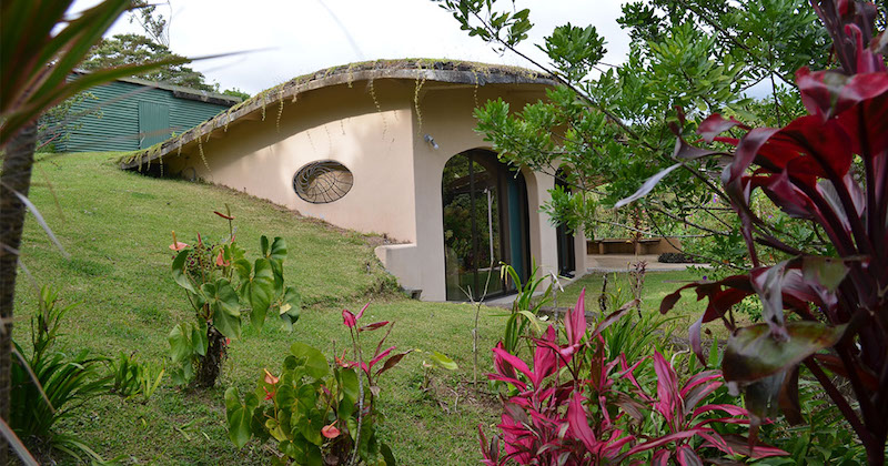 Erdhaus in Costa Rica