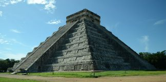 Chichen Itza Pyramide in Mexiko