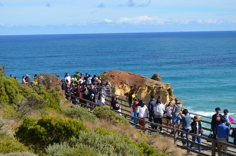 Touristen an der Great Ocean Road