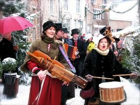 Dagtocht kerstmarkt Dickens Festijn Deventer