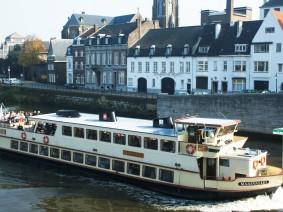Dagtocht Boottocht van Maastricht naar Luik met een stadswandeling in Luik