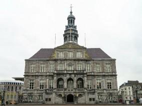 busreis Rotterdampas Maastricht