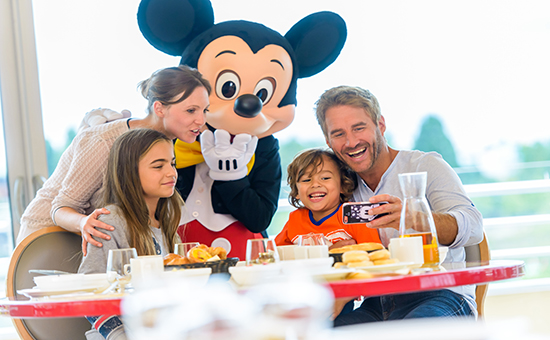 Disneyland Paris full and half board meal plans