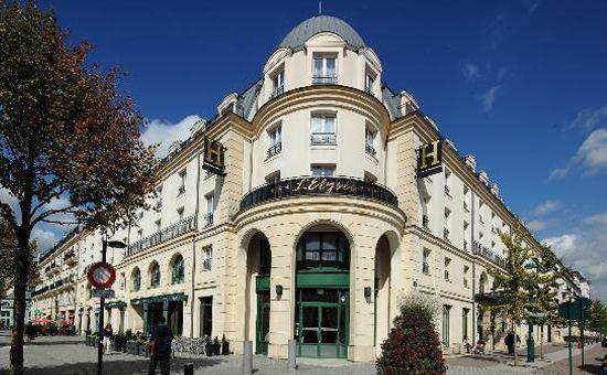 Disneyland Paris - Hotel L'elysee Val D'europe
