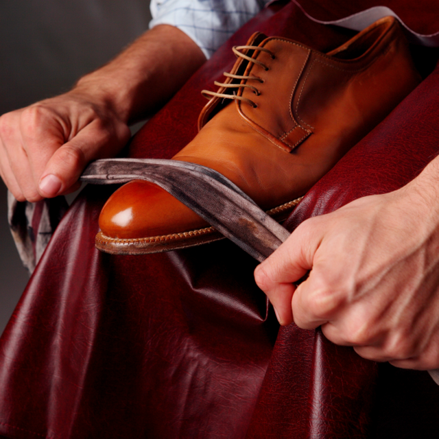 The European Shoe Shine Contest takes place in Brussels