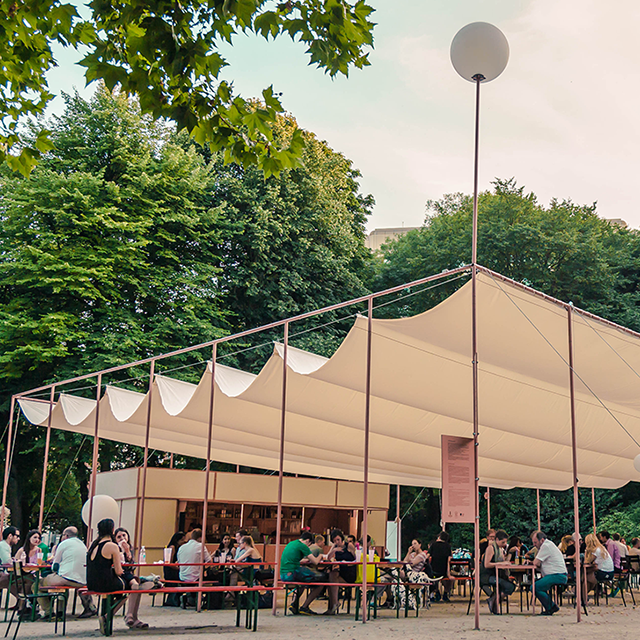 Brussels parks and their outdoor bars