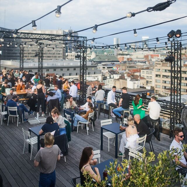 Rooftop bars are back!