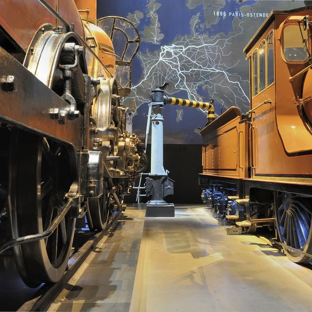 Discover the railway world of yesterday, today and tomorrow :: © SNCB