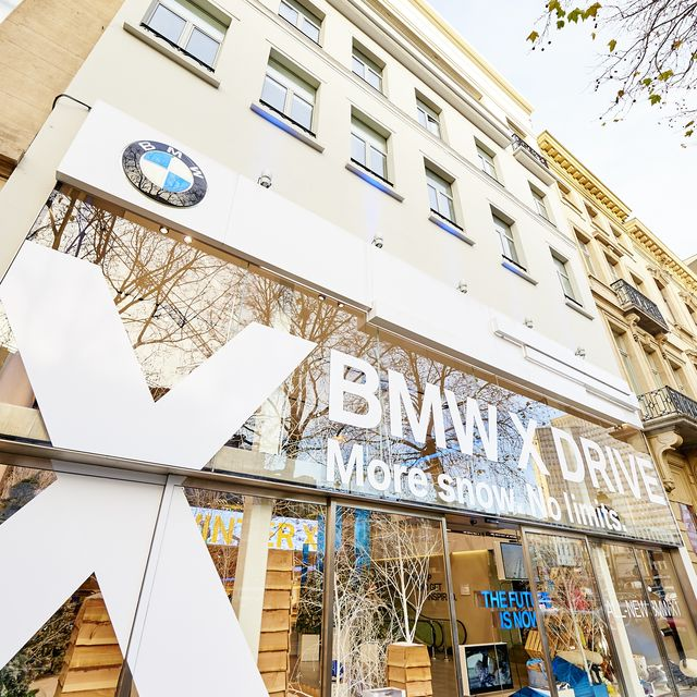 Winter eXhibition BMW Brand Store