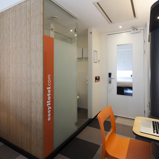 easyhotel Brussels City Center