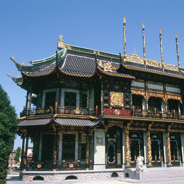 Far East museums - Chinese Pavilion - Japanese Tower
