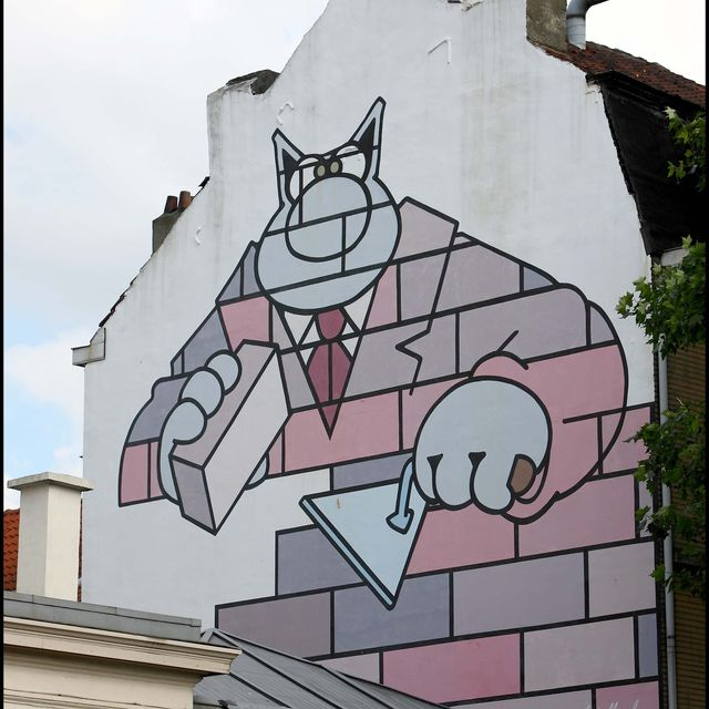 Le Chat comic strip wall I