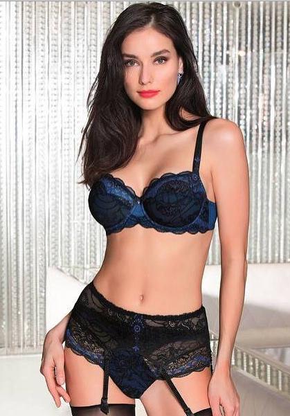 Anastasia B-U*