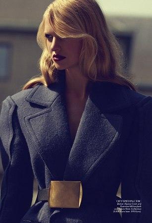 Valérie - - Women