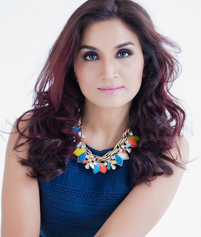 Neha S - W cast