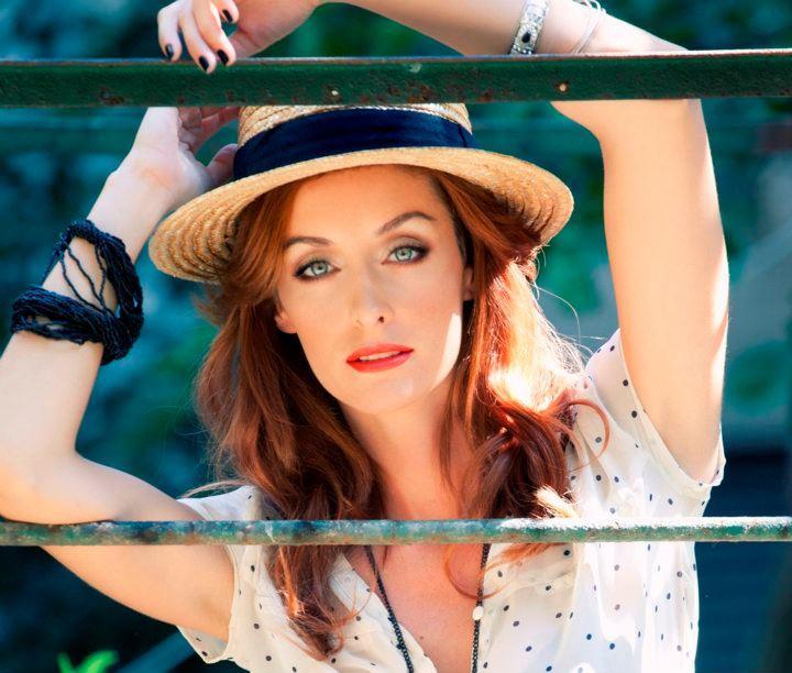 Laura E - W cast