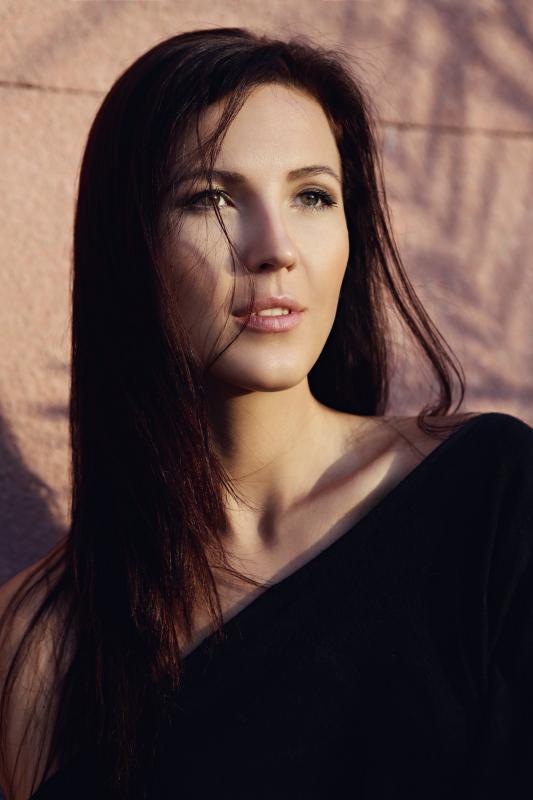 Olga V - Women uae
