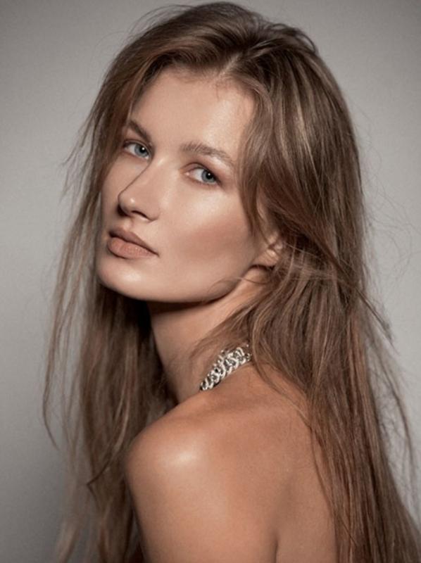 Anastasia L - Women uae