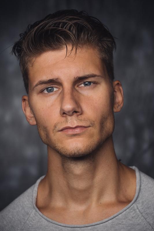 Dave T - M cast