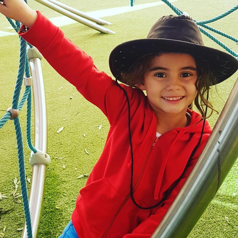 Afraa A - Kids girls