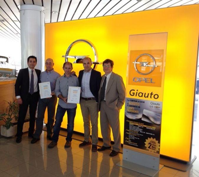Opel premia de nuevo a Giauto