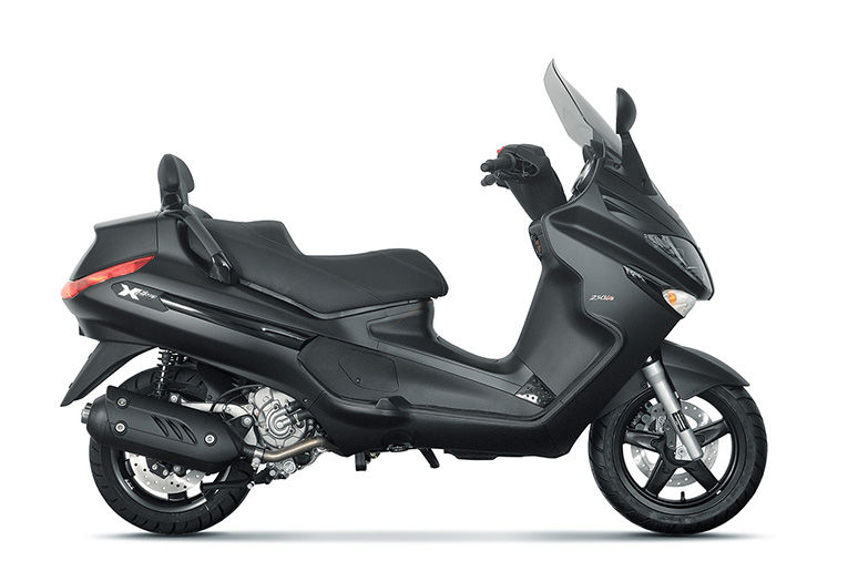 Piaggio X EVO 125 2.799 €