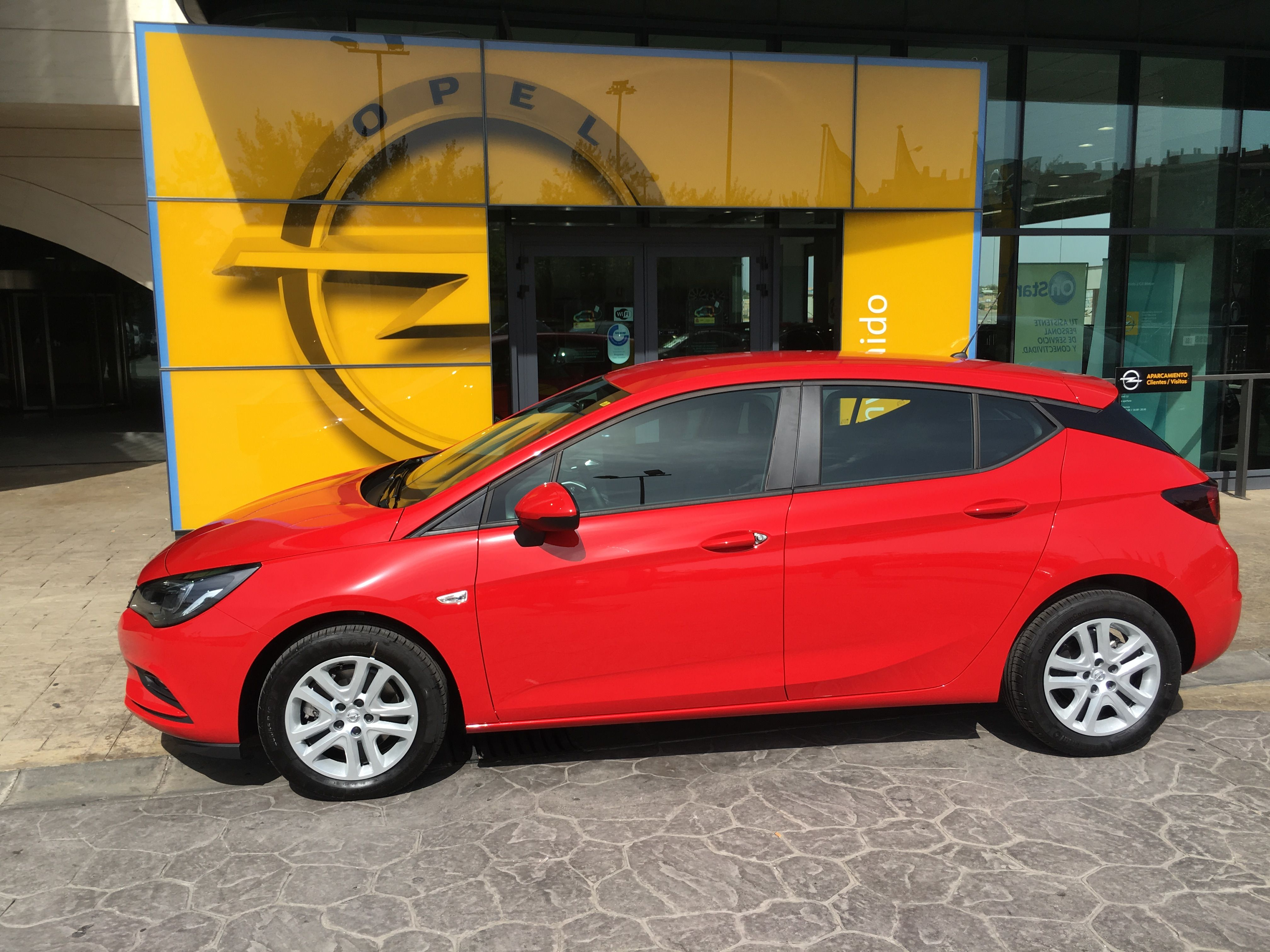 OFERTA LIMITADA /14.200€/ ASTRA SELECTIVE 1.0T 105 CV gasolina 5 puertas