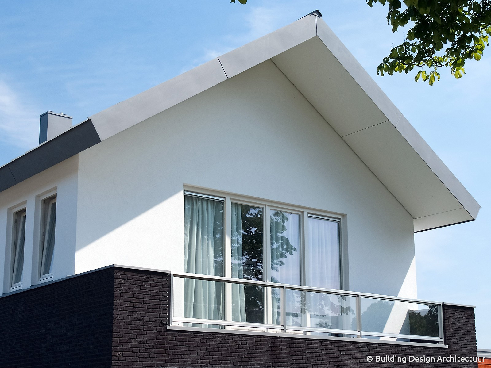 Meest effectief 4265 moderne woning met veel glas behang beste voorbeelden afbeeldingen for Afbeelding van moderne huizen