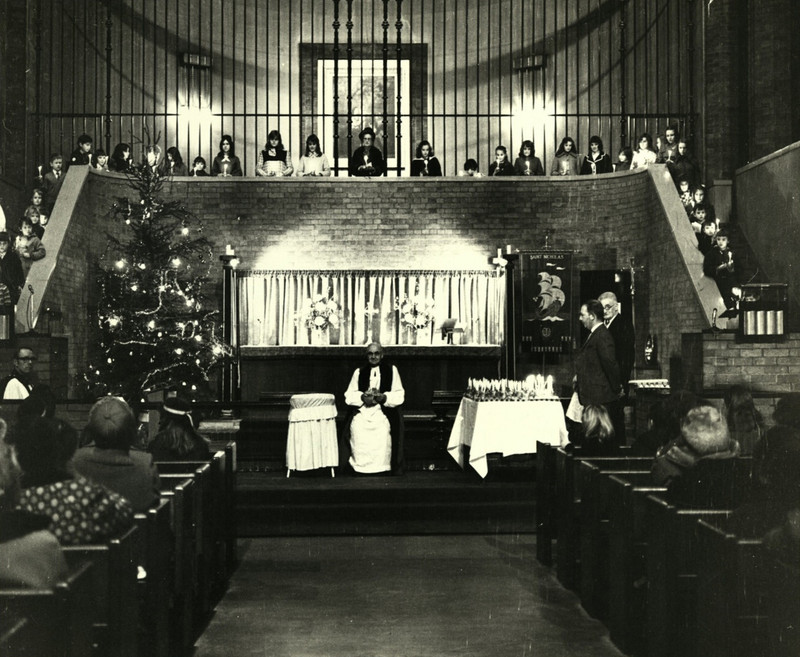 St Nicholas - Christingle 1972.jpg