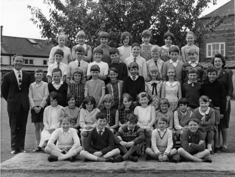 Green End School, Standard 4A, Mrs. Heap's Class.jpg