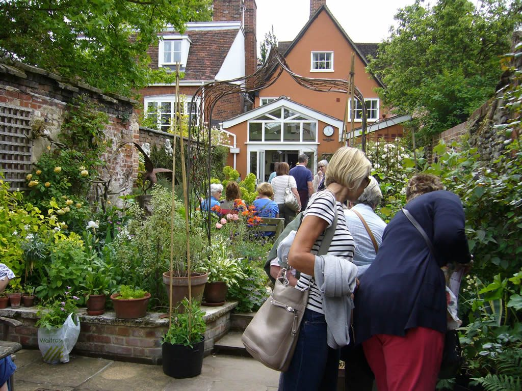 Visit Bury's Hidden Gardens - Virtually!
