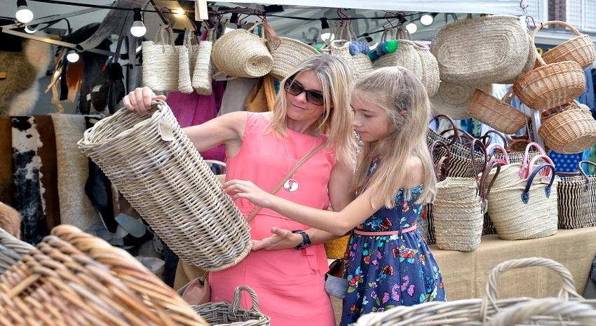 Sunday shoppers can enjoy festive market in Bury St Edmunds in December