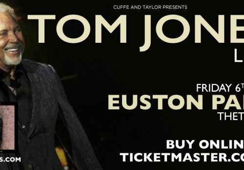 Tom Jones at Euston Park