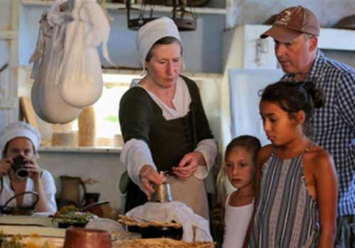 Kentwell Hall's Tudor Hands On Re-creation - August 18-27