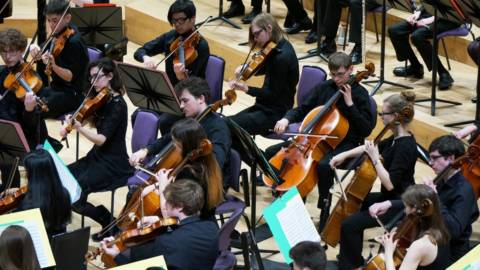 Halle and Halle Youth Orchestra