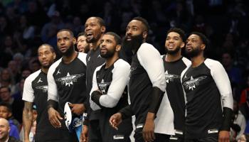 NBA All-Star Game 2020: team Giannis neemt het op tegen team Lebron