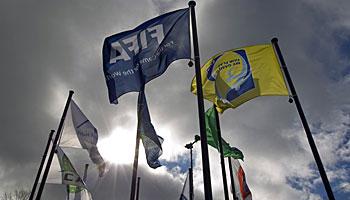 Dunkle Wolken über der FIFA