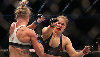 Sensation in der UFC: Weltmeisterin enthront!