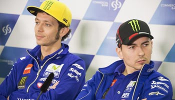 Moto GP: Vierfaches Kopf-an-Kopf-Rennen